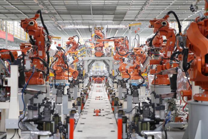 潮玩当道科技赋能 长城汽车智慧工厂马拉松激情